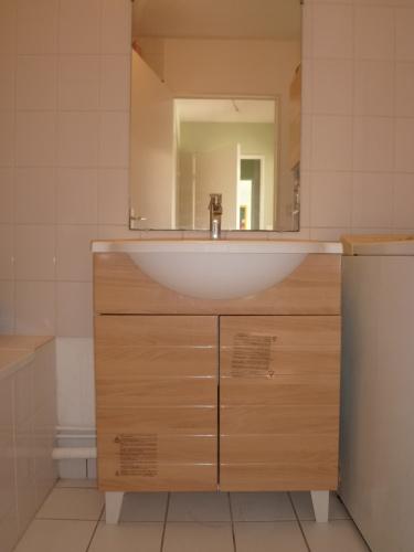 philippe lutz services 35 rennes bricolage jardinage services a la personne meuble salle de bain. Black Bedroom Furniture Sets. Home Design Ideas